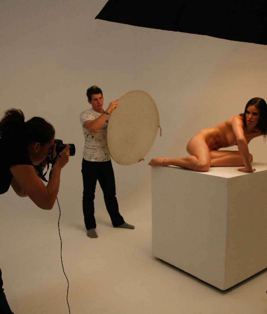 Nude Behind The Scenes
